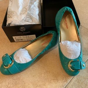 NWT Marc Jacobs turquoise flats size 8M.
